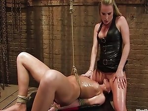 Rough lesbian fetish - hot BDSM video