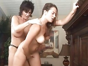 Deauxma Seduces Young Girl